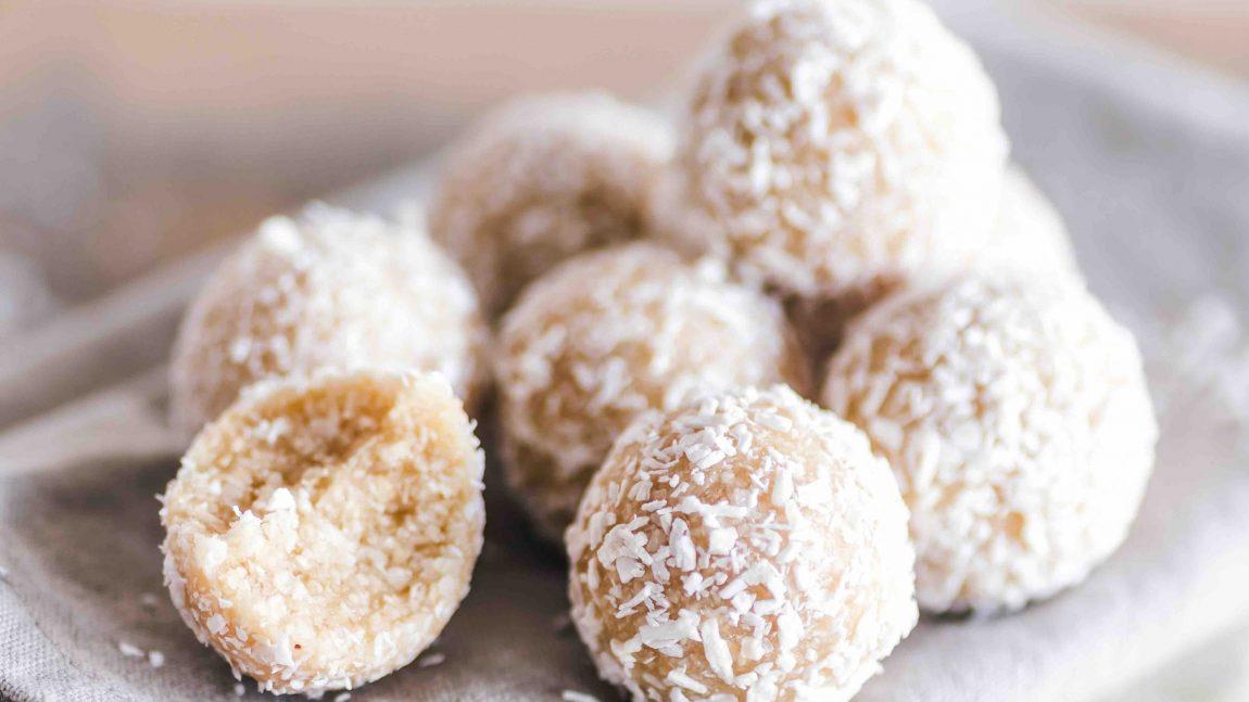 Bouchées coco-miel-vanille