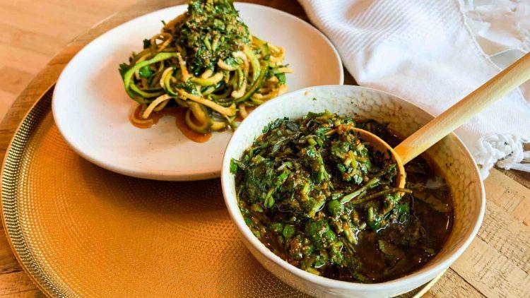 Recette anti-gaspi d'herbes aux épices marocaines + VIDÉO