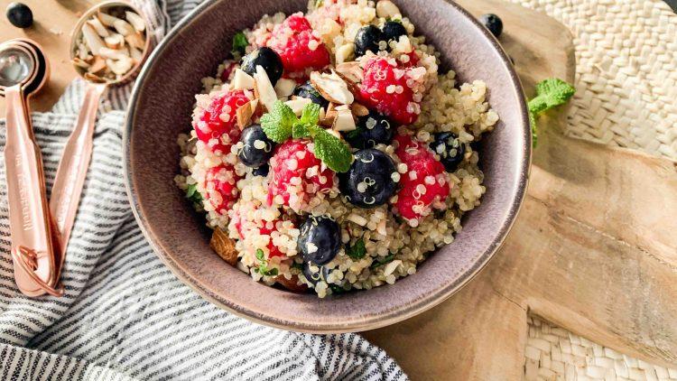 Quinoa à l'eau de rose et aux fruits rouges
